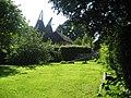 Oast House at Brookgate Farm, Hurst Green, East Sussex - geograph.org.uk - 516445.jpg