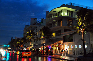 Ocean Drive (South Beach) - Image: Ocean drive south beach miami night