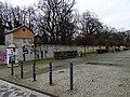 Olšanské hřbitovy, jižní zeď III. hřbitova.jpg