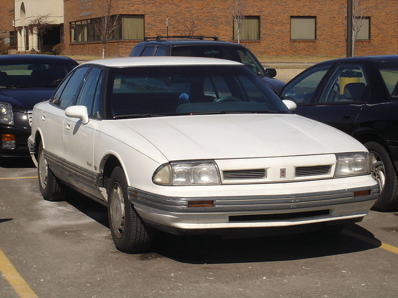 800px-Oldsmobile_Royale-88.jpg