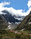 On the way to Milford Sound 13 (31260491150).jpg