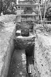 opgraving rechts langs voorgevel gezien - oud-valkenburg - 20180684 - rce