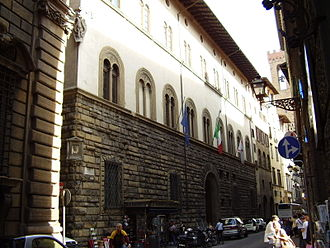 Pazzi - Palazzo Pazzi, showing the yellow-ochre sandstone pietra forte and stucco-surfaced architecture.
