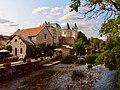 Panorama 2 sur le château de Verteuil sur Charente avec moulin au 1er plan.jpg