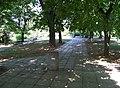 Park Na Topolce, pohled k altánku.jpg