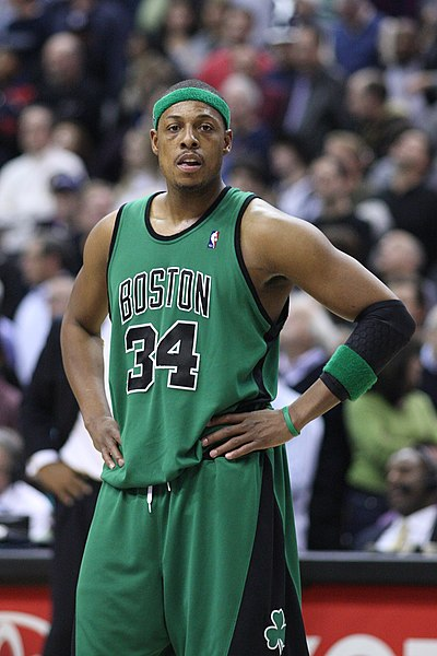 400px-Paul_Pierce_2008-01-13.jpg