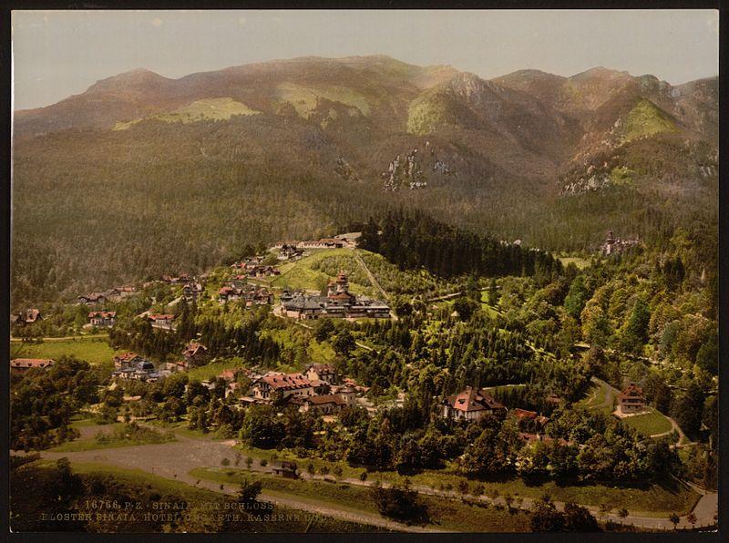 File:Pelesch (i.e., Peles) Castle, Kloster Sinaia, hotels, Kaserne, Ungarth and villas, Sinaia, Roumania-LCCN2001699421.jpg