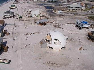 Hurricane-proof building - A monolithic dome in Pensacola Beach, Florida, after Hurricane Dennis in 2005