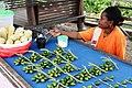 Pinang Seller - panoramio.jpg