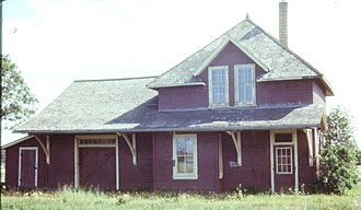 Piney, Manitoba - Image: Piney CN station 1979