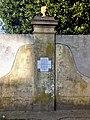 Placa tranvia Villa Vatteone.jpg