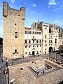 Place de l'Hôtel de Ville de Narbonne.jpg