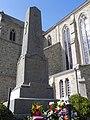 Plougrescant. Monument aux Morts.jpg