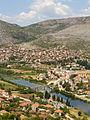 Pogled na Arslanagića most i panorama Trebinja.JPG