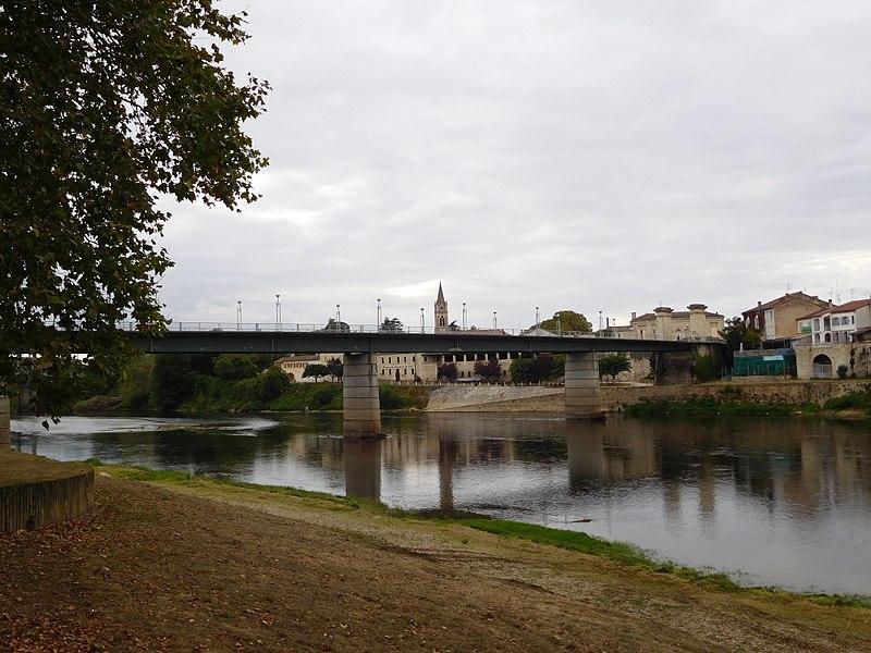 File:Pont Michel-de-Montaigne (2).jpg