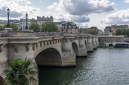 Pont Neuf - Paris - France
