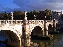 Photo of the Ponte Sant'Angelo bridge
