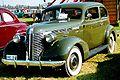 Pontiac De Luxe Series 26 2611 2-Dörrars Touring Coach 1937.jpg