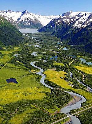 Portage Glacier Highway - Image: Portage Valley Area