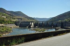 Régua Dam - Image: Porto DSC 0421 (17053079562)