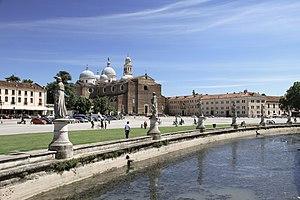 Prato della Valle - Prato della Valle, Basilica Santa Giustina on the middle in the background.