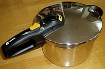 home pressure cooker process of cooking food