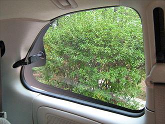 Quarter glass - Image: Quarter glass venting Chrysler minivan