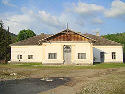 RO BN Castelul Haller din Matei (1).jpg