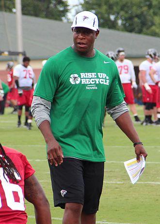 Raheem Morris - Morris with the Atlanta Falcons in 2015