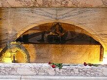 Raffaels Grab im Pantheon (Rom) (Quelle: Wikimedia)