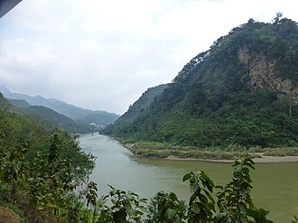 Jinping Miao, Yao, and Dai Autonomous County - The Red River forms the border between Jinping County (right) and Hekou Yao Autonomous County (left)