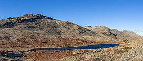 Red Tarn between Cold Pike and Pike of Blisco, Lake District, England 04.jpg