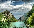 Reka ili jezero.jpg