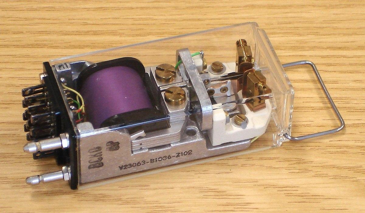 Низковольтное оборудование это википедия