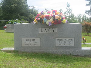 Len Lacy - Graves of Len and Sallie Lacy at New Ebenezer Cemetery in Castor