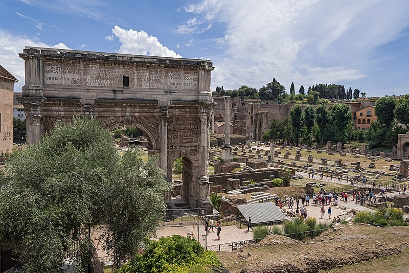 File:Roma Arco Septimius Severus03.jpg