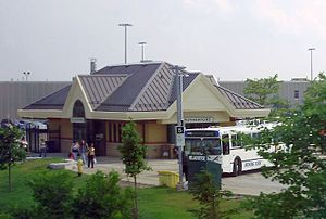 Rutherford GO Station.jpg