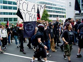 Black bloc in a feeder march at the September 24, 2005 anti-war protest, near the World Bank.