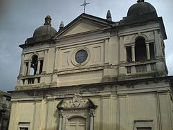 Santuario Basilica inferiore della Madonna di Monserrato.jpg