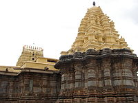 Saumyakeshava temple (rear view of stellate shrine) at Nagamangala.JPG