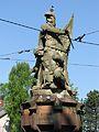 Schwabentorbrücke in Freiburg, Skulptur von Julius Seitz mit Martin Malterer und Leopold III. von H.jpg