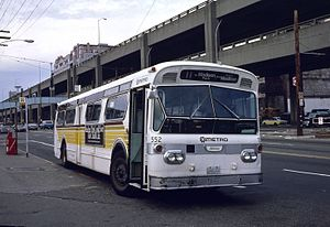 Flxible New Look bus - A first-generation Flxible New Look, 1963-built Seattle bus 552