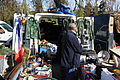 Second-hand market in Champigny-sur-Marne 016.jpg