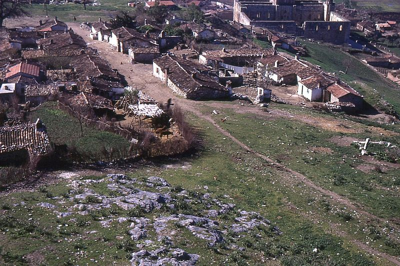 File:Selçuk village and Isa Bey mosque from the castle in 1970.jpg