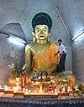 Shitthaung temple interior Buddha.jpg