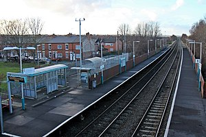 Shotton railway station - Image: Shotton Low Level railway station (geograph 3800309)