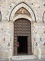 Siena.PalPubblico.entrance.jpg