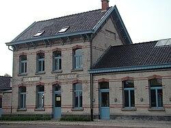 Sint-Eloois-Vijve voormalig trein station-2.JPG