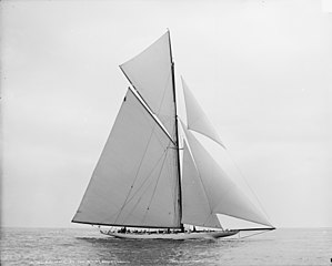 Reliance (yacht) - Reliance  America's Cup defender Reliance at the start, August 25th, 1903.