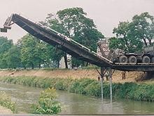 القوات العسكرية في بناء وتشييد الجسور